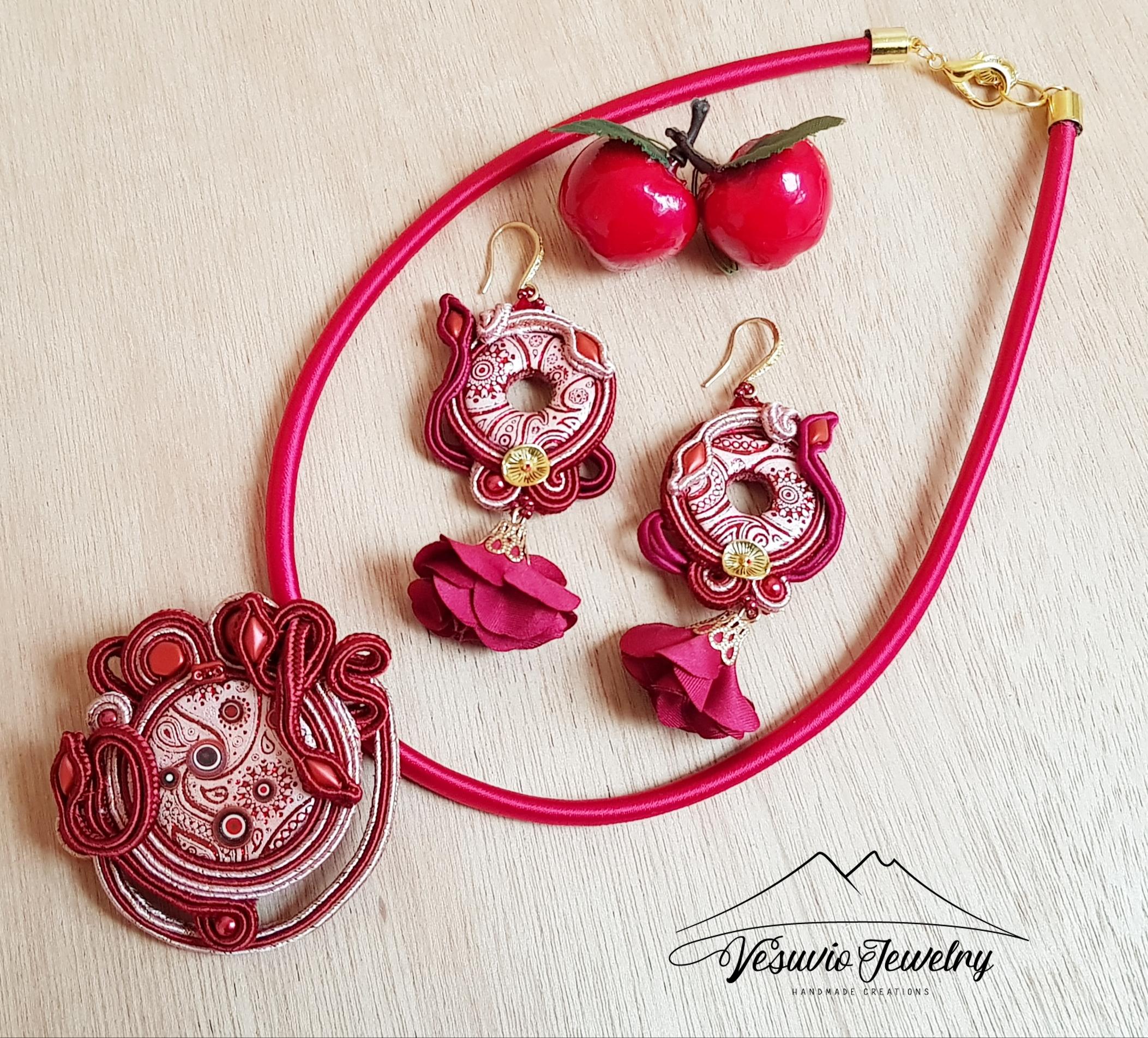 cherry parure